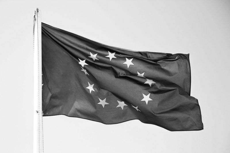 drapeau européen pour la directive DDA